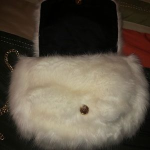 Fuzzy cream bag